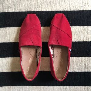 Red TOMS 7.5 BRAND NEW